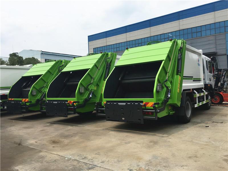 东风多利卡D9压缩式垃圾车12方,垃圾清运车,垃圾挤压箱运车,最新优惠价格联系我们示例图13