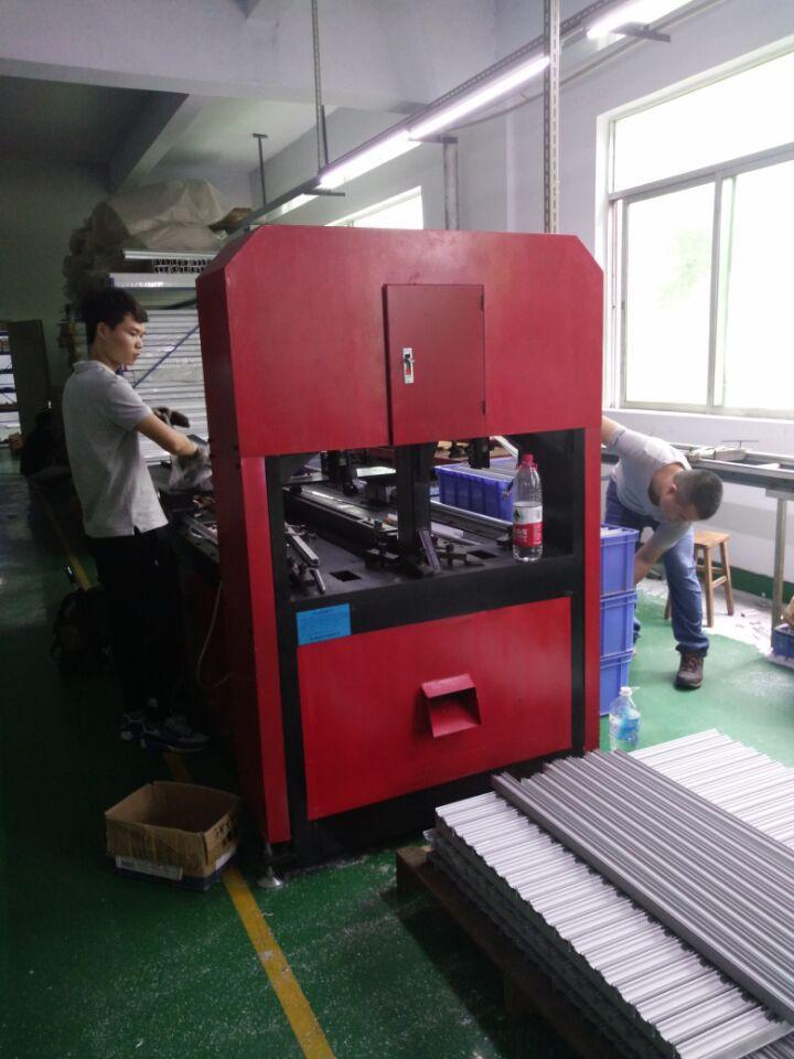 佛山银江机械槽钢支架全自动冲床  方钢钢数控打孔机   槽铁全自动冲孔机报价示例图13