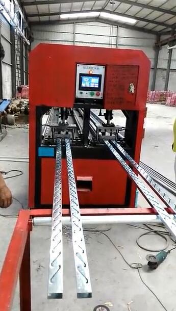 佛山银江机械槽钢支架全自动冲床  方钢钢数控打孔机   槽铁全自动冲孔机报价示例图19