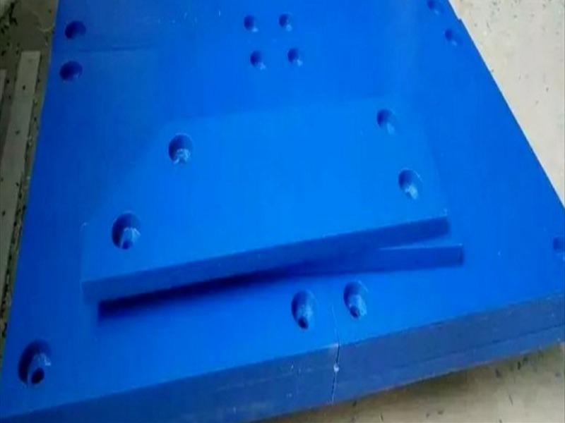 聚乙烯襯板.jpg