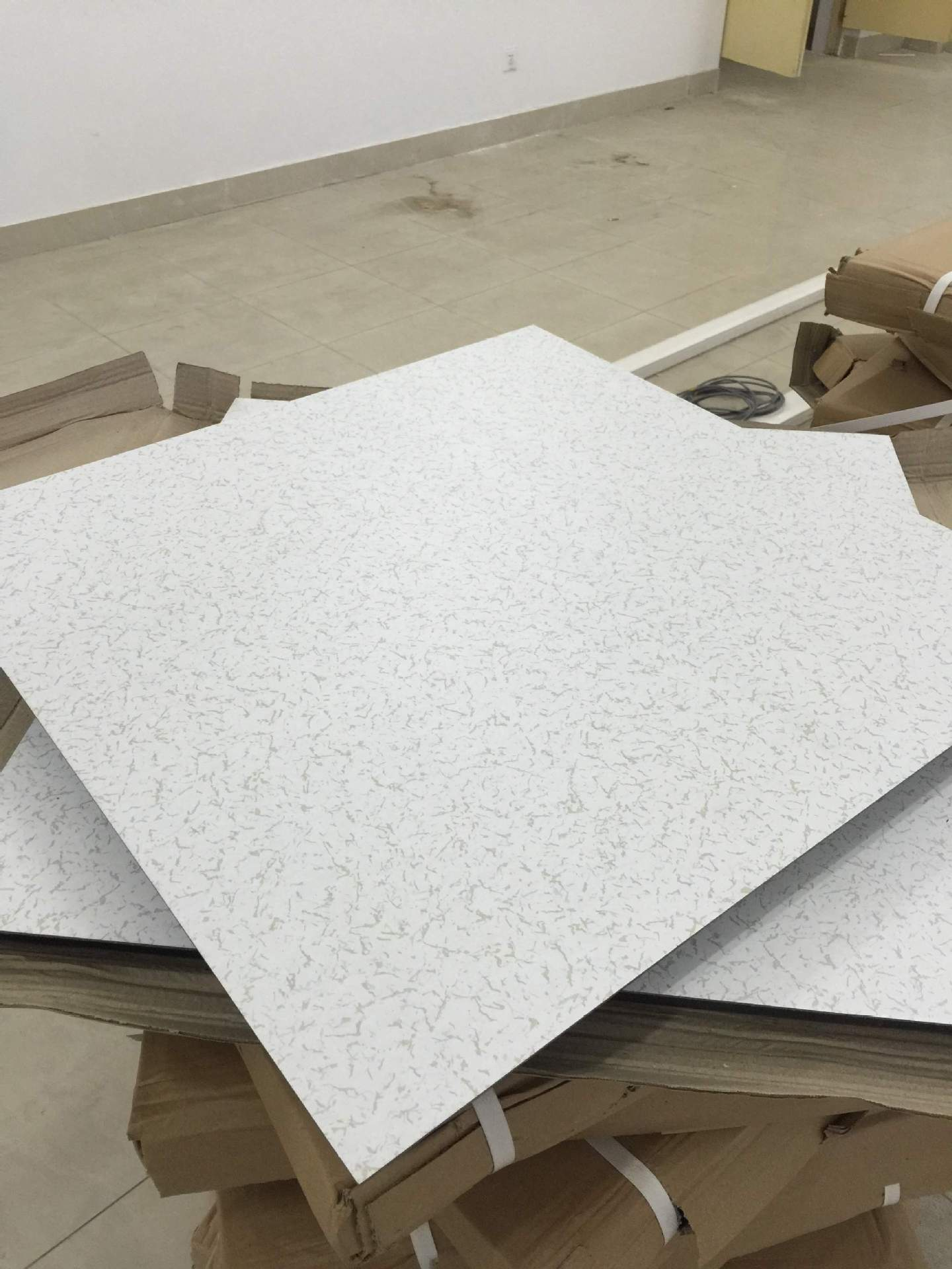 六面包钢木基架空活动地板-济南科风-架空活动地板,基活动地板,钢木活动地板,面包活动地板,钢木基地板