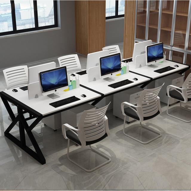 简约职员简易办公桌员工钢木会议桌电脑桌4人组合屏风工作位批发图片