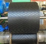 上凸人字输送带,环形输送带,高耐磨输送带,高强力输送带示例图1