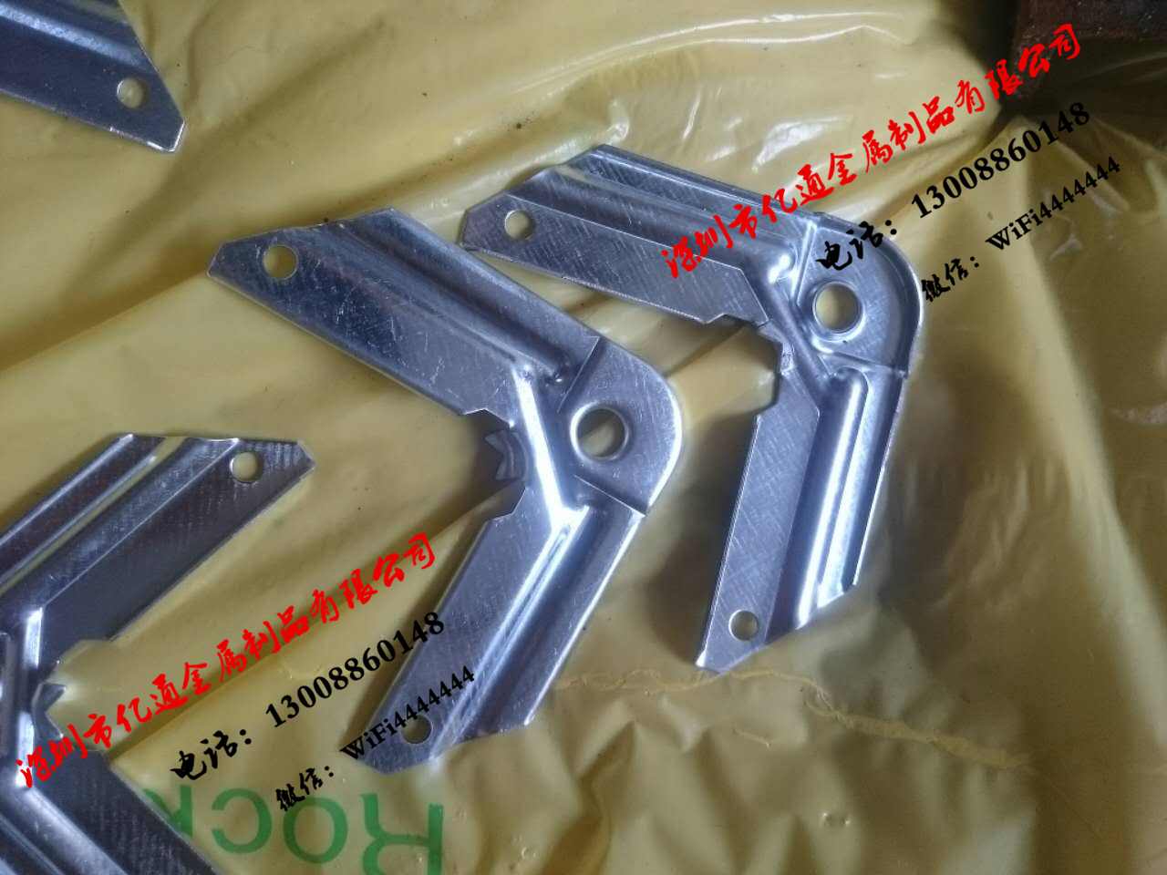 铁皮角码 镀锌角码 1.2mm 法兰角 法兰夹 风管插件 铁皮插件 角码 镀锌冲码 铁皮角码 冲码 风管配件