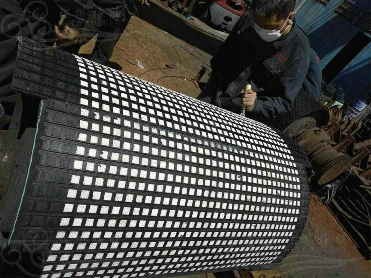 港口陶瓷胶板  山东现场陶瓷包胶厂家示例图10