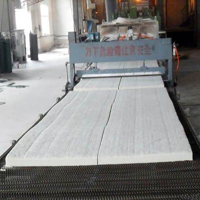 现货批发窑炉绝热硅酸铝板 硅酸铝纤维隔热板 硅酸铝挡火板