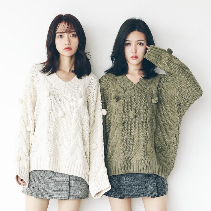 2017韩版秋冬新款加厚套头麻花V领立体毛球编织毛衣女装