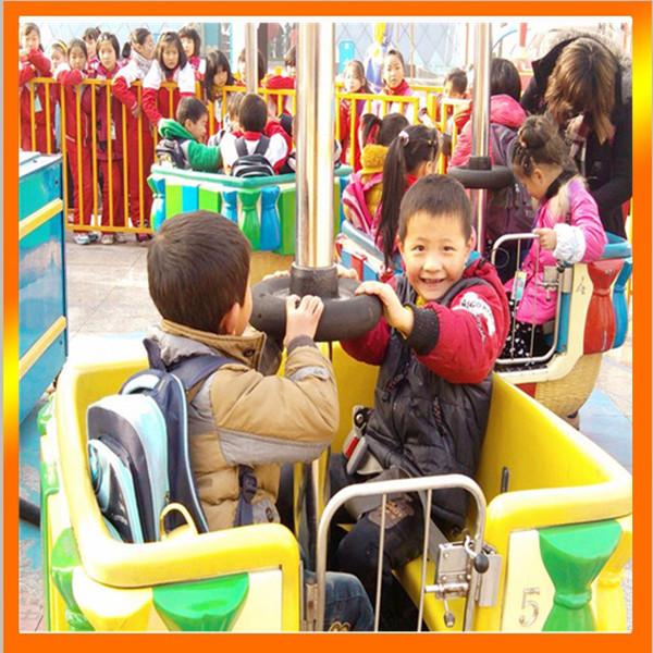 2020郑州大洋游乐设备8臂桑巴气球 儿童游乐厂家直销24座桑巴气球项目示例图5