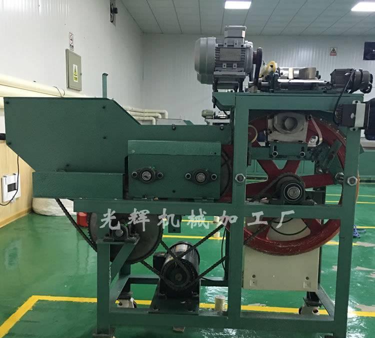 厂家直销河北全自动棉签专用设备 可定制生产 棉签机订做图片