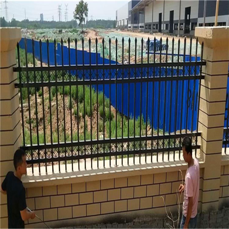 围墙护栏批发销售 厂区护栏 围墙护栏厂家 道路锌钢护栏