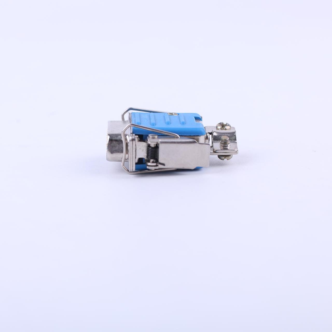 東普電子15芯CD1連接器 帶塑料屏蔽外殼   快速鎖緊