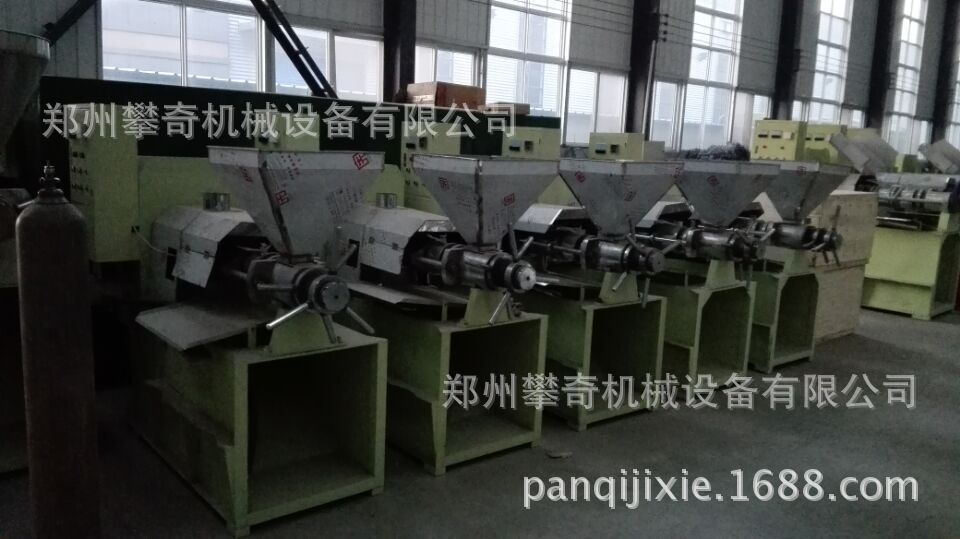 新型菜籽榨油机榨油坊商用榨油机全自动榨油机示例图9