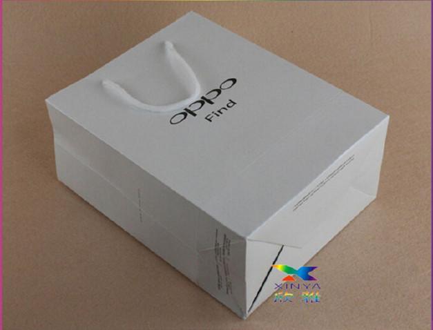 欣雅印刷專業生產OPPO手機購物手挽紙袋,可定做可加公司名