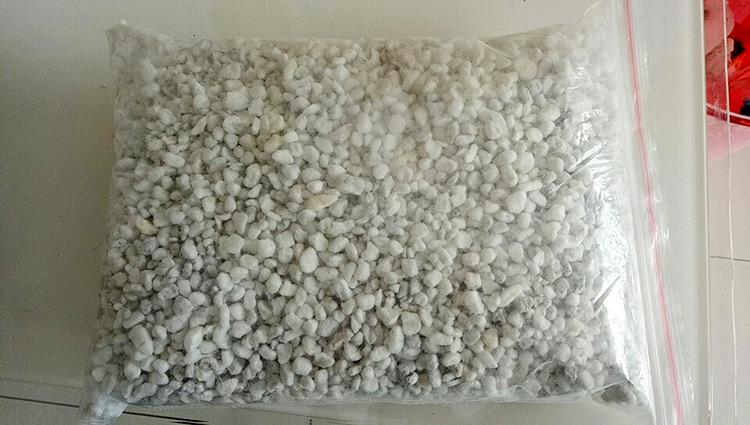 园艺大颗粒园艺珍珠岩批发多肉基质营养土种植苗圃无土栽培珍珠岩示例图12