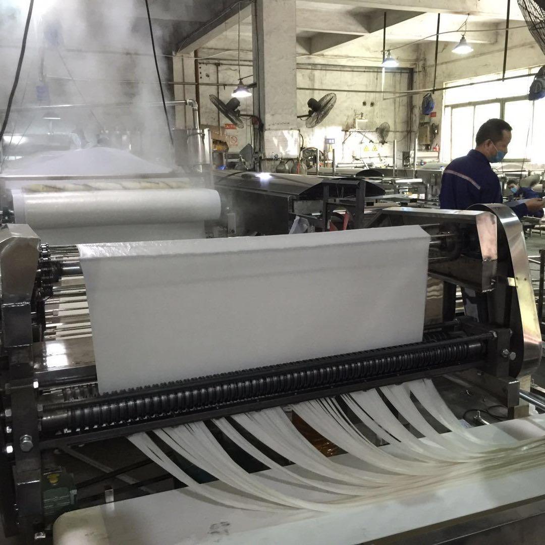 申銳廠家直銷 大型河粉機,米皮機生產線 ,雙向刀切粉河粉機,蒸汽款式節能河粉機,多功能米皮機,涼皮機