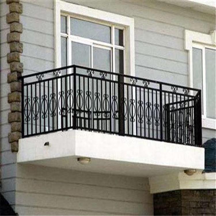锌钢护栏生产商 锌钢护栏柱黑色 景区厂区锌钢围墙栏杆 云旭 交通路障设施