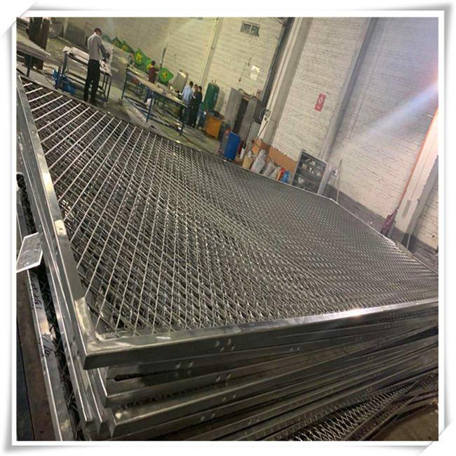 关于装饰拉网铝板的防锈处理-木纹铝方通_U型型材铝方通_广东铝方通 铝单板厂家