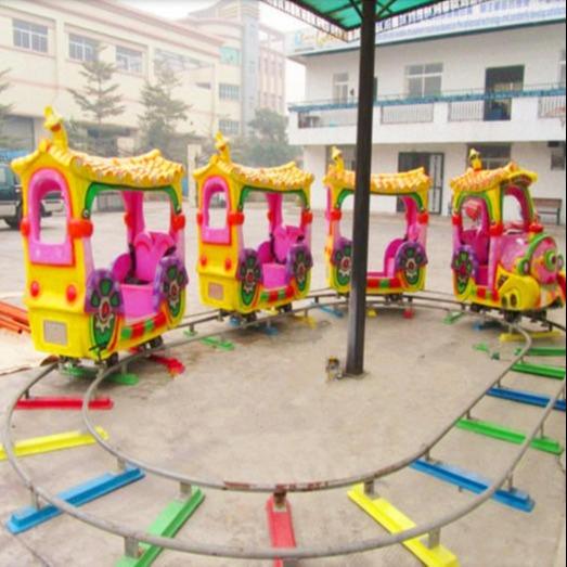 供应广场轨道火车游乐设备 新型游乐轨道小火车郑州大洋生产厂家
