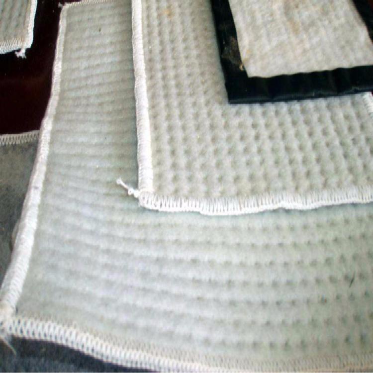 人工湖、河道防滲GCL膨潤土防水毯廠家直銷 國標防水毯
