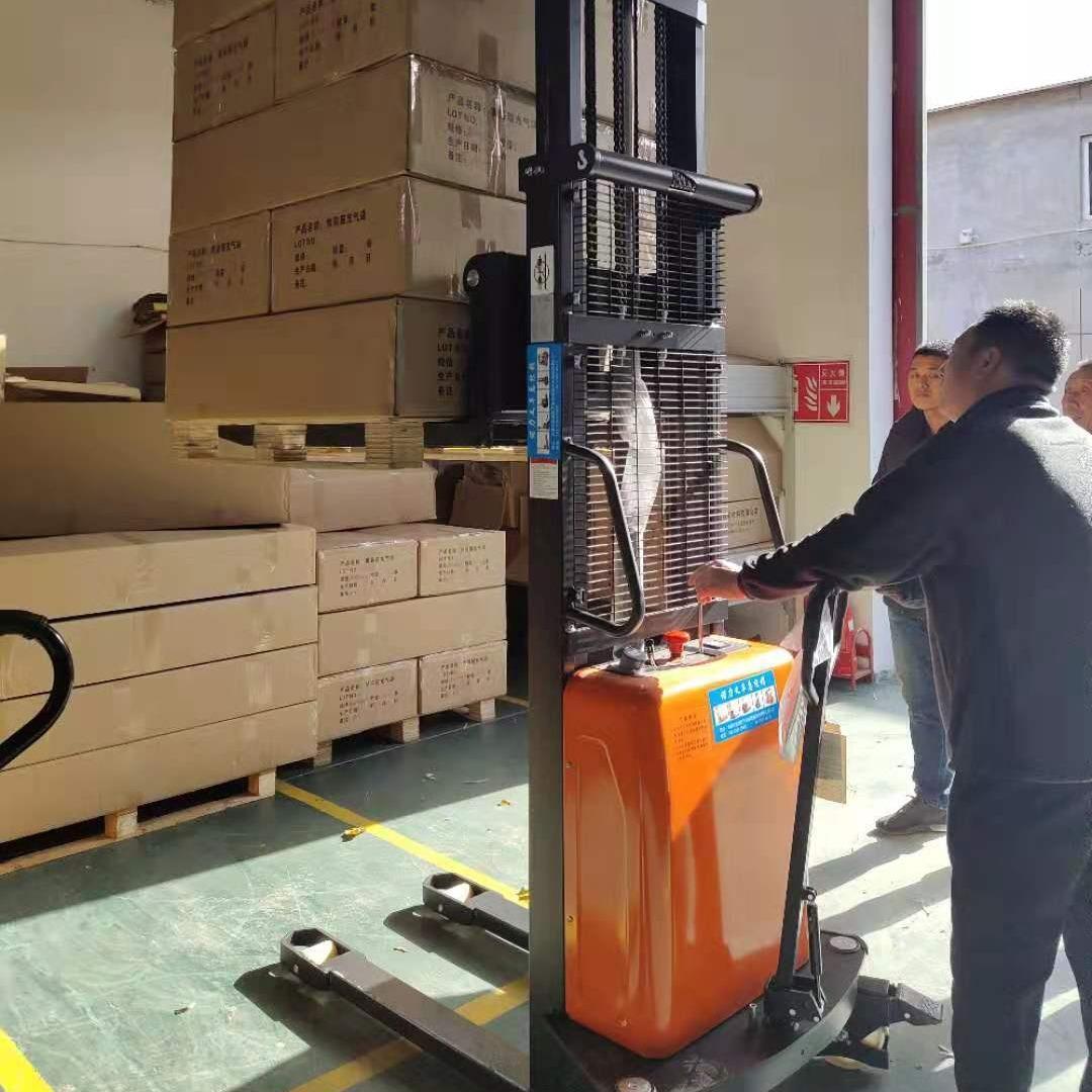 津南區諾力NOBLIFT半電動叉車半電動液壓堆垛車SPN1530堆高車載重1.5噸舉高1.6/2.5/3/3.5米