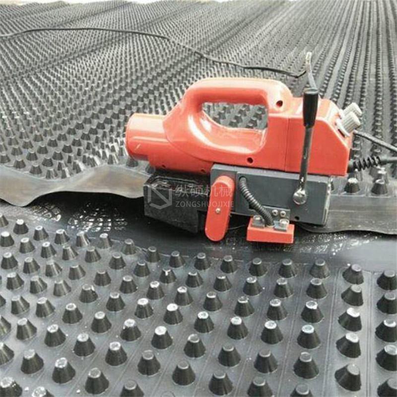 双缝自动爬行土工膜焊接机 隧道防水板爬焊机?PVC防渗膜焊接机