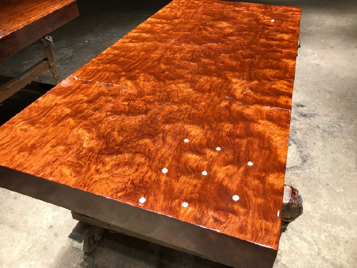 现货巴花大板竞技宝和雷竞技哪个好大板桌家用奥坎黄花梨办公桌原木大板台餐桌示例图13