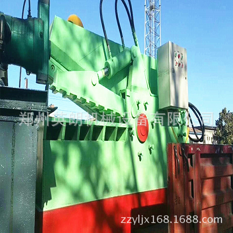 热销废旧金属鳄鱼剪切机 废铁液压鳄鱼剪 300吨钢板边角料剪断机示例图16