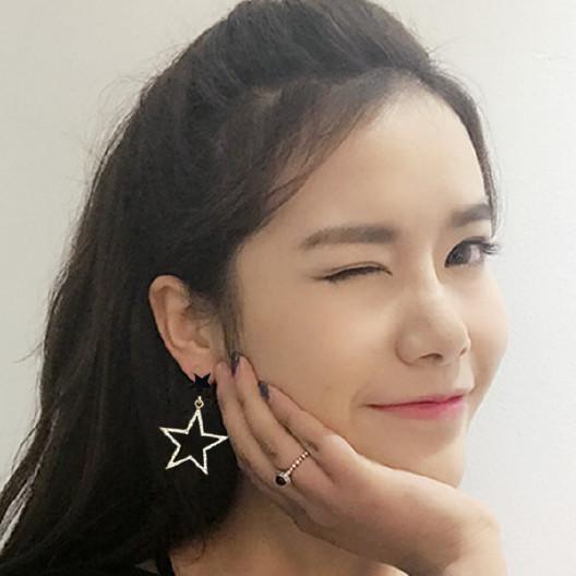 耀眼公主水晶镶钻五角星夸张耳环简约精致甜时尚镂空耳钉