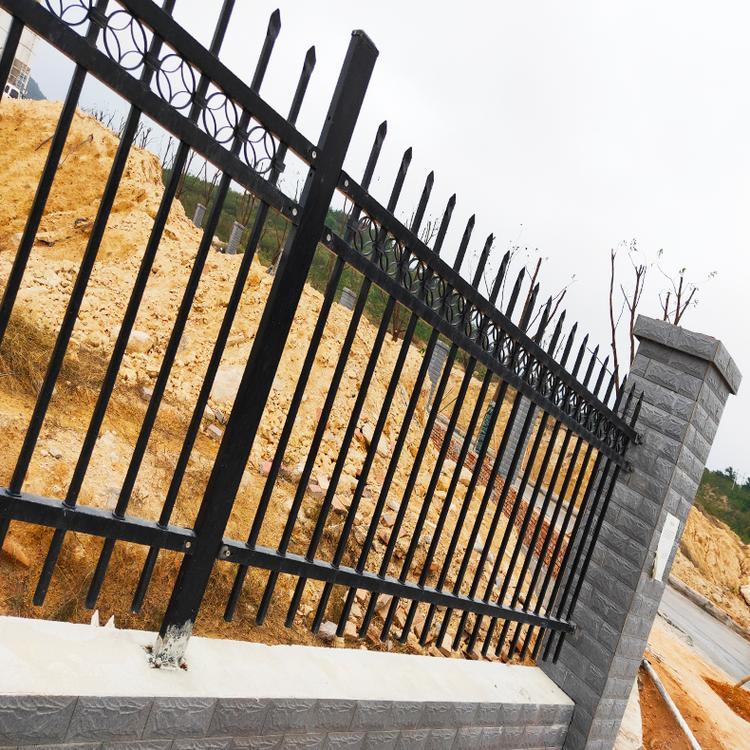 锌钢护栏厂家 道路护栏 锌钢楼梯栏杆 云旭 质优价廉