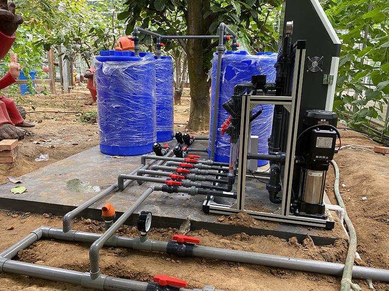 圣大节水 温室建设水肥一体化设备 灌溉施肥水肥一体机 厂家供应水溶肥施肥机示例图20