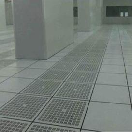 波米亚全钢防静电通风地板 东营铝合金通风防静电地板 净化厂房机房常用加强型通风高架地板 冷通道通风地板---济南向利机房