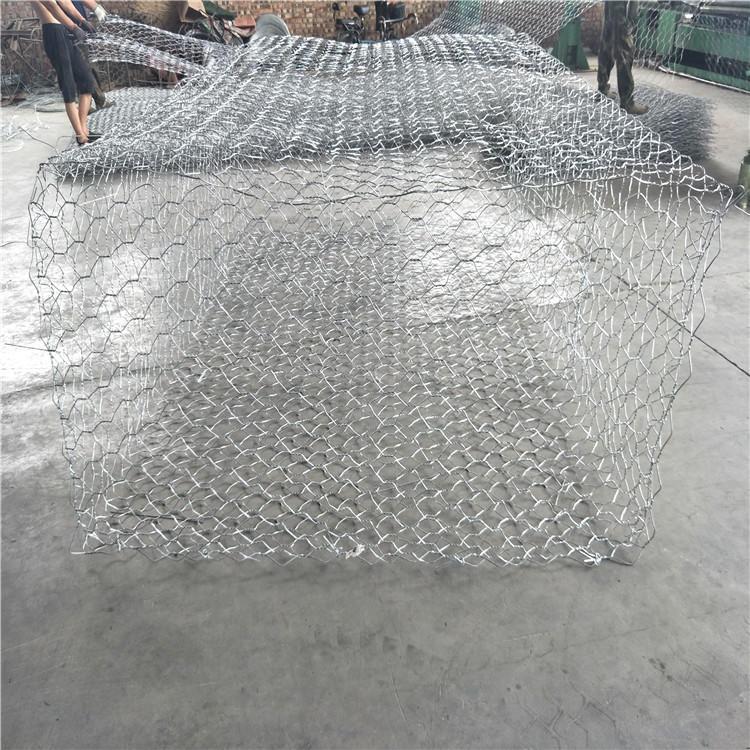 安平泰同石籠網實體廠家生產,熱鍍鋅3×1×0.5固濱籠,護腳鉛絲擋墻,固腳鋼絲石籠