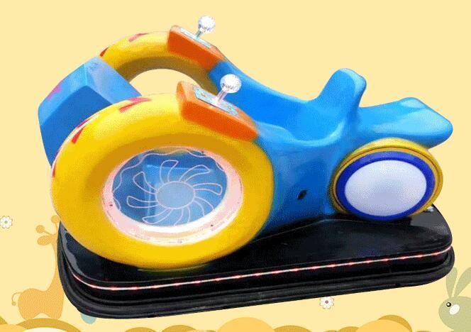儿童游乐设备广场新款风火轮蜗牛车 现货供应双人风火轮碰碰车示例图5