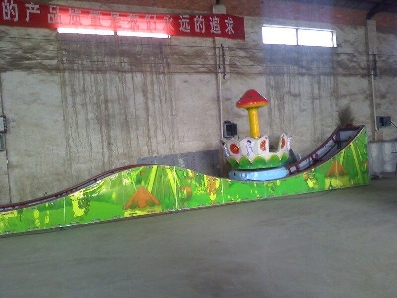 2020大洋厂家供应360度旋转欢乐飞车 8座迷你飞车广场儿童游乐设备示例图13
