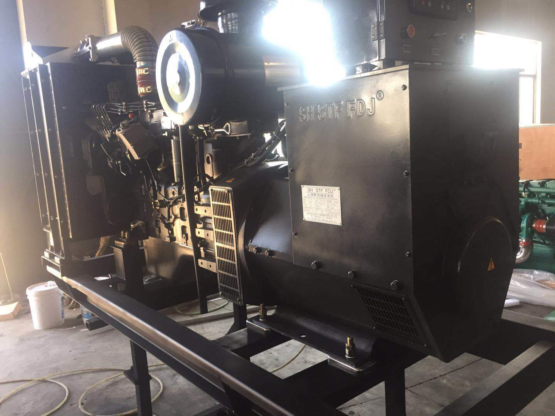 上海凯讯150KW柴油发电机组 配上海斯坦福电机 纯铜电机 电压220V/380V 电流270A 欢迎新老顾客考察参观示例图5