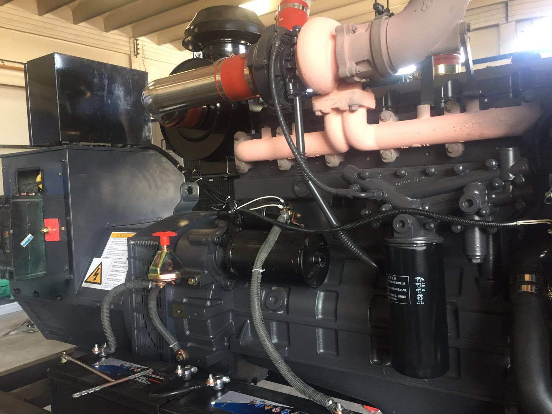 上海凯讯150KW柴油发电机组 配上海斯坦福电机 纯铜电机 电压220V/380V 电流270A 欢迎新老顾客考察参观示例图15