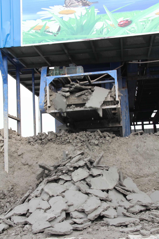 灌注桩泥浆现场脱水干化设备   建筑工地打桩泥浆固化处理设备  打桩泥浆变身渣土和清水示例图2