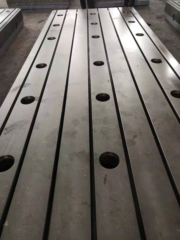 鑄鐵底座 裝配底座 裝配工作臺 裝配平臺 專業生產廠家泊頭亮健機械示例圖3